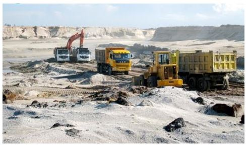 Industry and trade ministry opposes Thach Khe iron mine termination